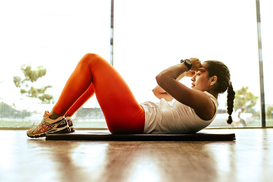woman crunches